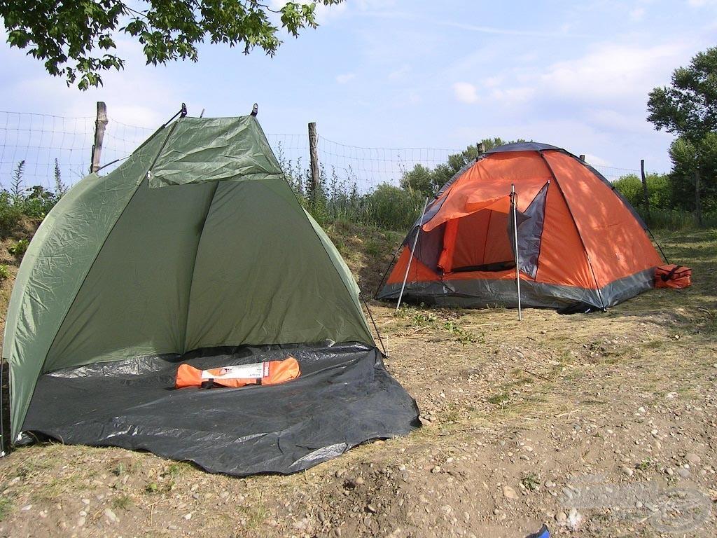 A táborhelyet kialakítottuk, egy sátor nekünk, egy a csaliknak és a felszerelésnek
