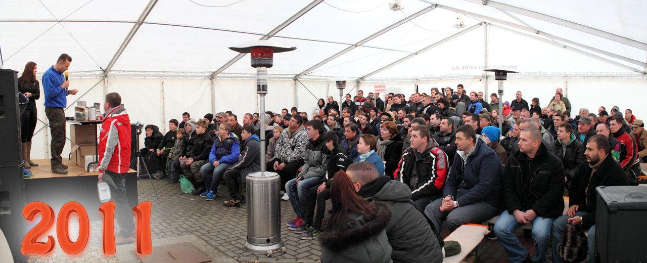 2011-től a Haldorádó Pontyhorgász Napokon külön előadó sátor biztosított a nagyszámú érdeklődő kényelme érdekében
