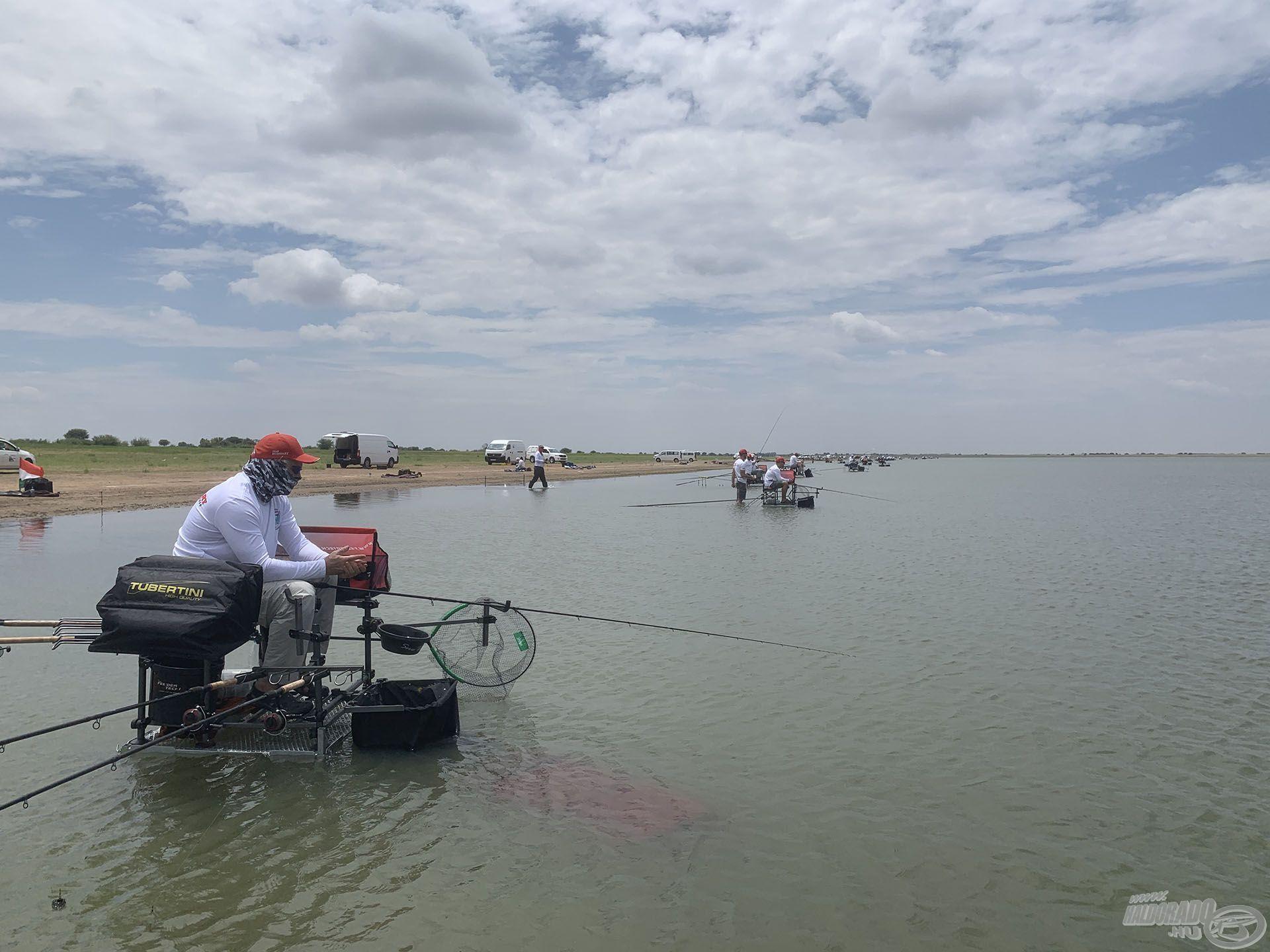 A hazai és nemzetközi versenyeken is bizonyítjuk, hogy értünk a feederbotos horgászathoz
