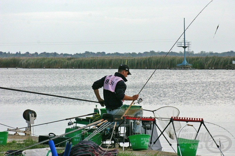Öröm volt nézni Csillag Laci ritmusos és eredményes horgászatát