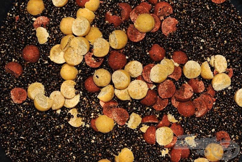 Advanced Pepper, amit egy kis Instant Spicy Sausage (kolbászos) bojlival fűszereztünk meg