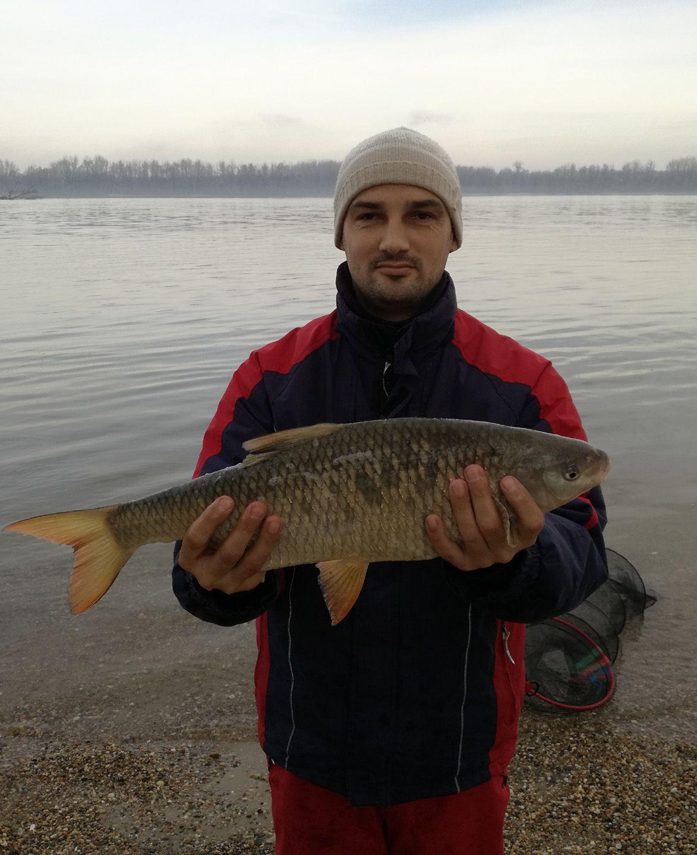E csodaszép hal egyben a horgász egyéni rekordját is jelentette