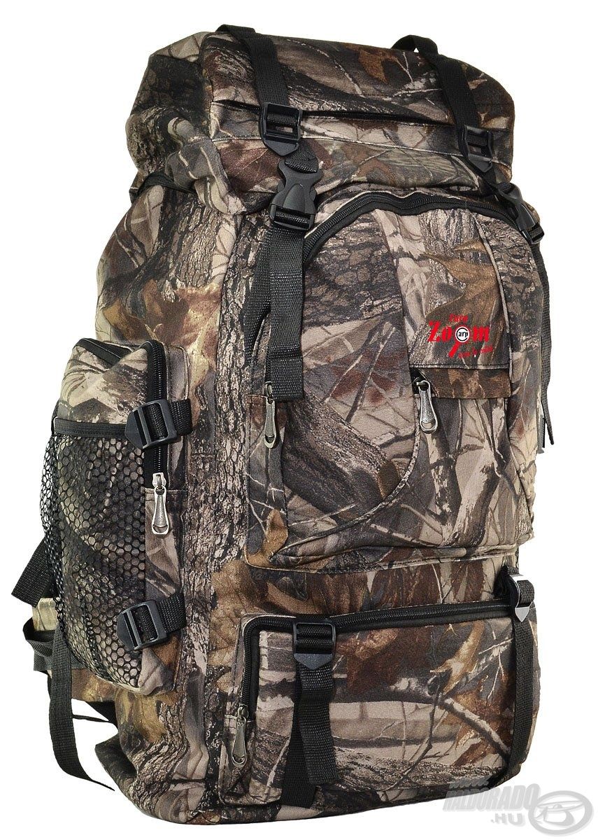 A táska számos funkcionális zsebe könnyű hozzáférhetőséget és rendszerezhetőséget nyújt a legfontosabb eszközök számára