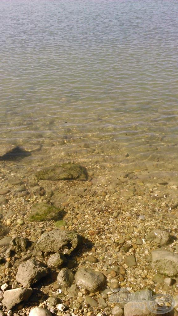 Bár a víz tisztasága, áttetszősége mégiscsak a tengerre emlékeztet