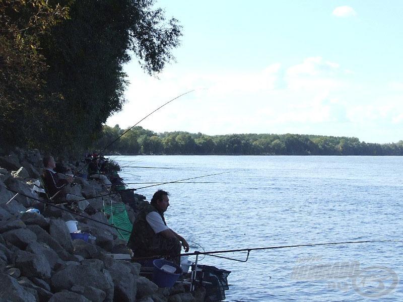 Benépesült a kövezés, indul a horgászat!