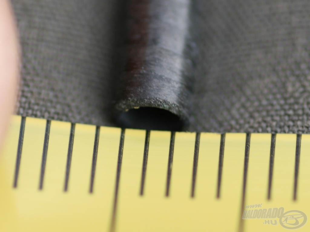 A vágatlan spicctagon a lyuk mérete~ 2mm