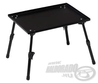 Állítható lábú szerelékes asztalka, amely esetenként jó szolgálatot tehet