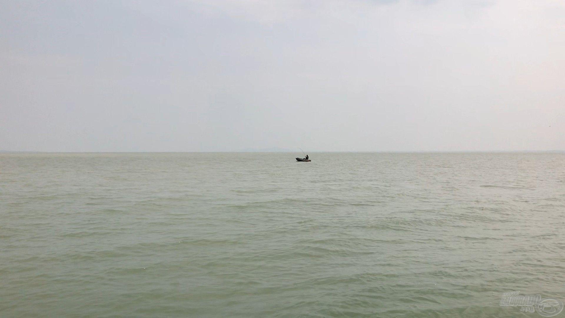 Csónakból