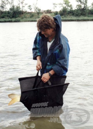 Kíméletesen kell bánni a kifogott halakkal.