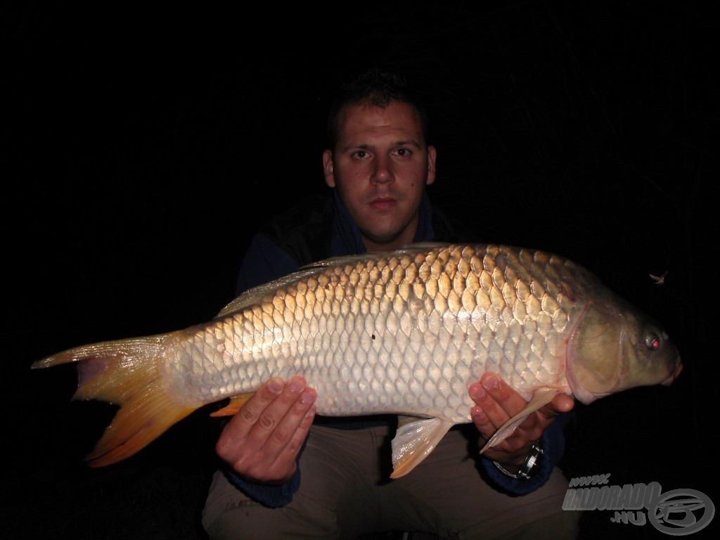 Az éjszaka első igazán szép hala, közel az 5 kg-hoz