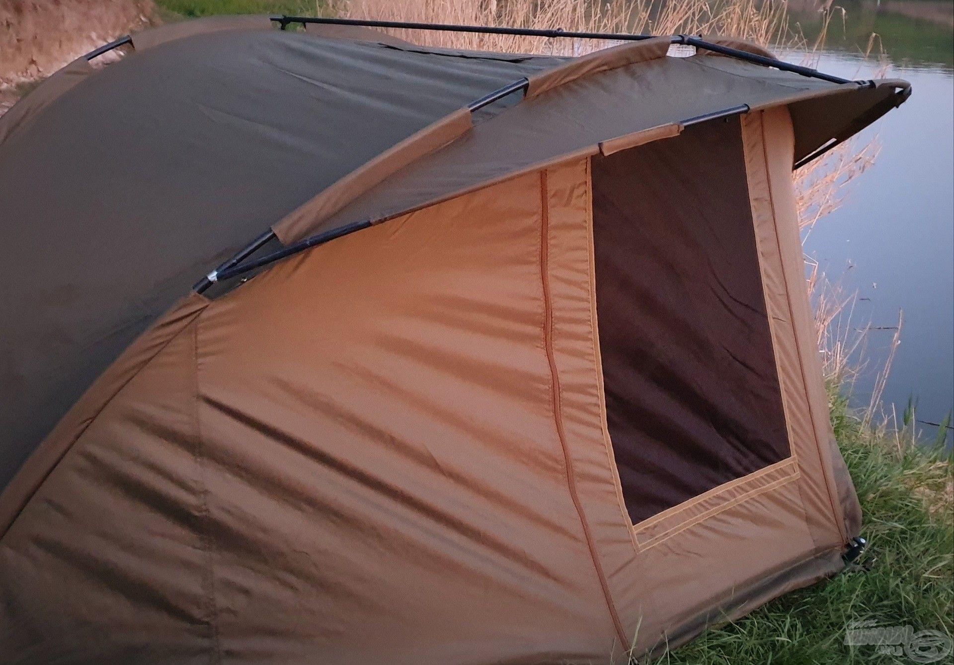 Kényelmemet ez a sátor is biztosította, mely a gyötrő szúnyogok ellen is védelmet nyújtott