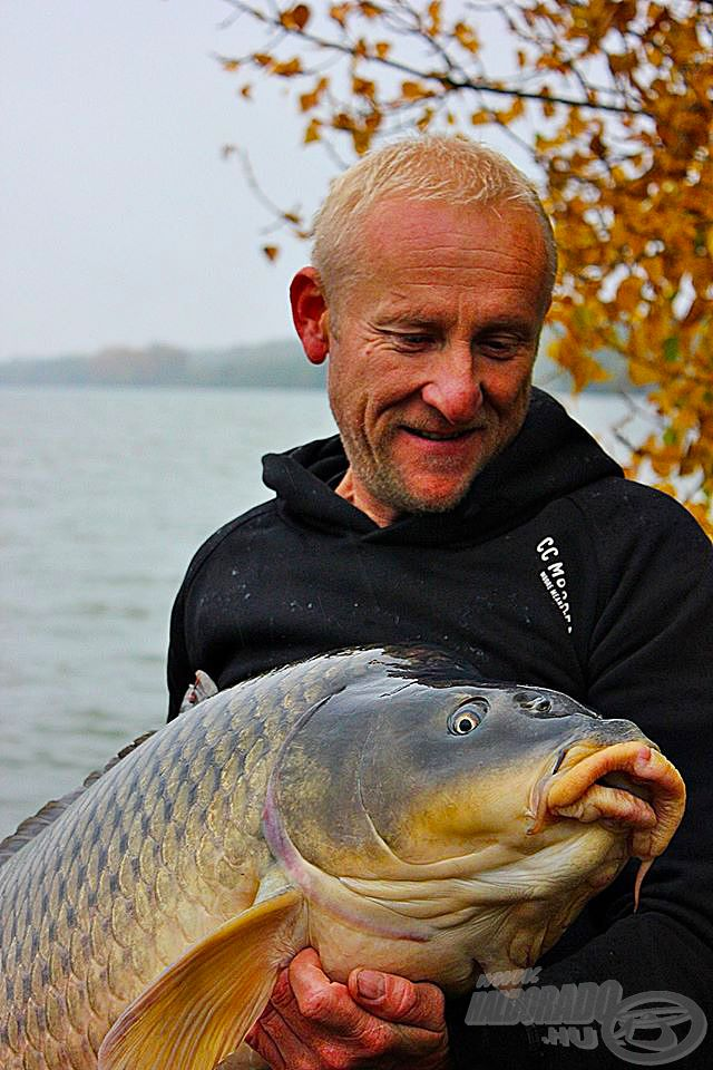 Folytyik Zoltán profizmusa, illetve a halak és a természet iránti alázatos tisztelete szintén megkérdőjelezhetetlen, ezért bárkinek a javára válhat, ha meghallgatja véleményét és már hagyománnyá vált előadását