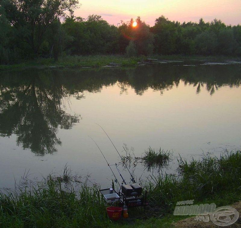 Kényelmes horgászállásom a naplemente idején