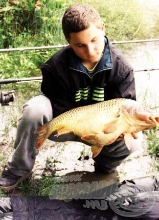 Az első horgásznap első hala. Nem is volt annyira rossz kezdet