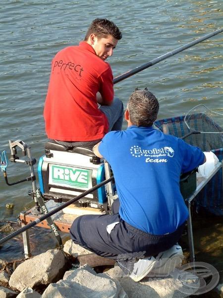 Barátjával és csapattársával, Danó Gáborral mindig megbeszélik a horgászat taktikáját
