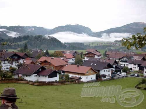 Nagyon hangulatos falvak bújnak meg a hegyek közt Németország déli részén, az Alpok közelében