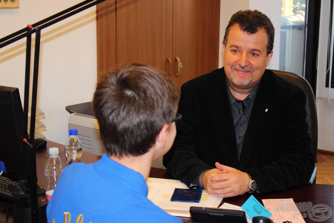 Dr. Dérer István, a MOHOSZ alelnöke segített eligazodni a szabályok és engedélyek közt