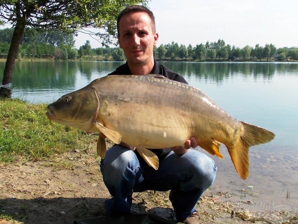 9,7 kg-os pocakos