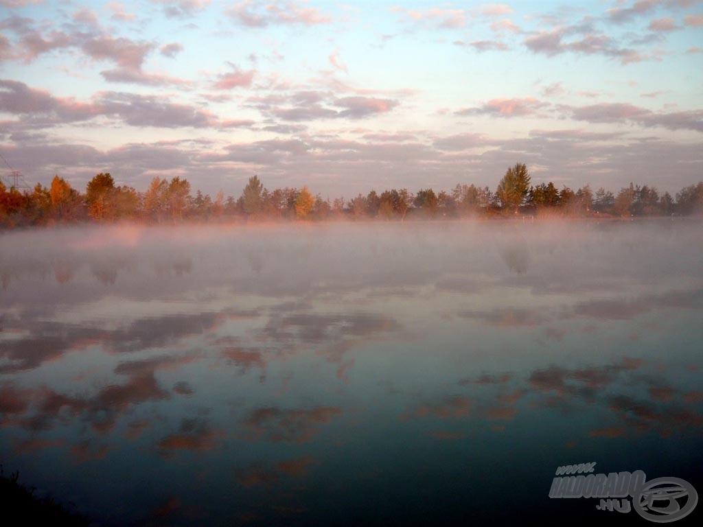 A tó - itt még egybeér a felhőkkel