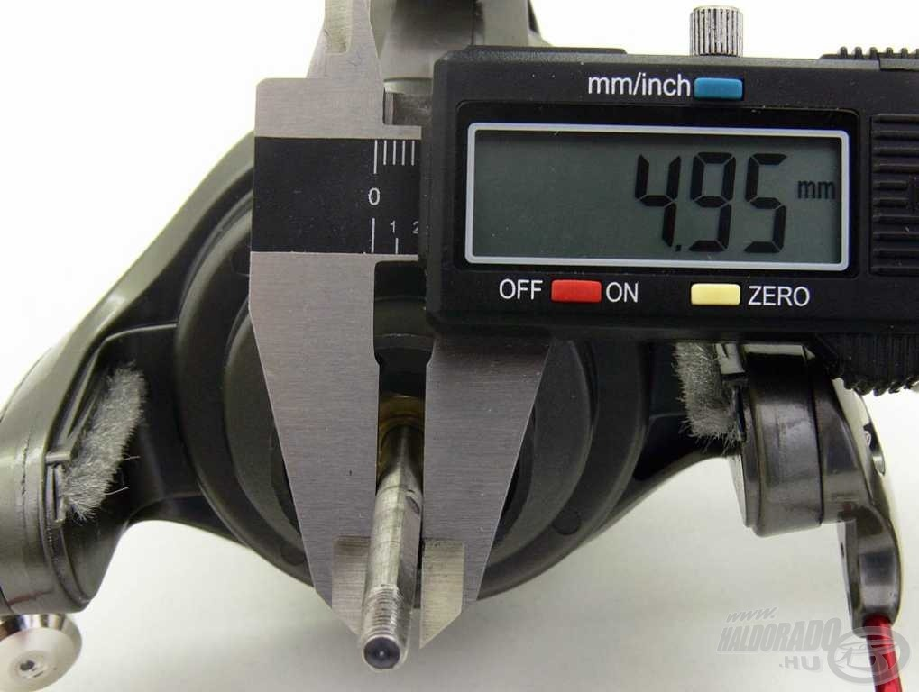 A tengely átmérője majdnem 5 mm, amely elengedhetetlen a kapitális halak biztonságos fárasztása során