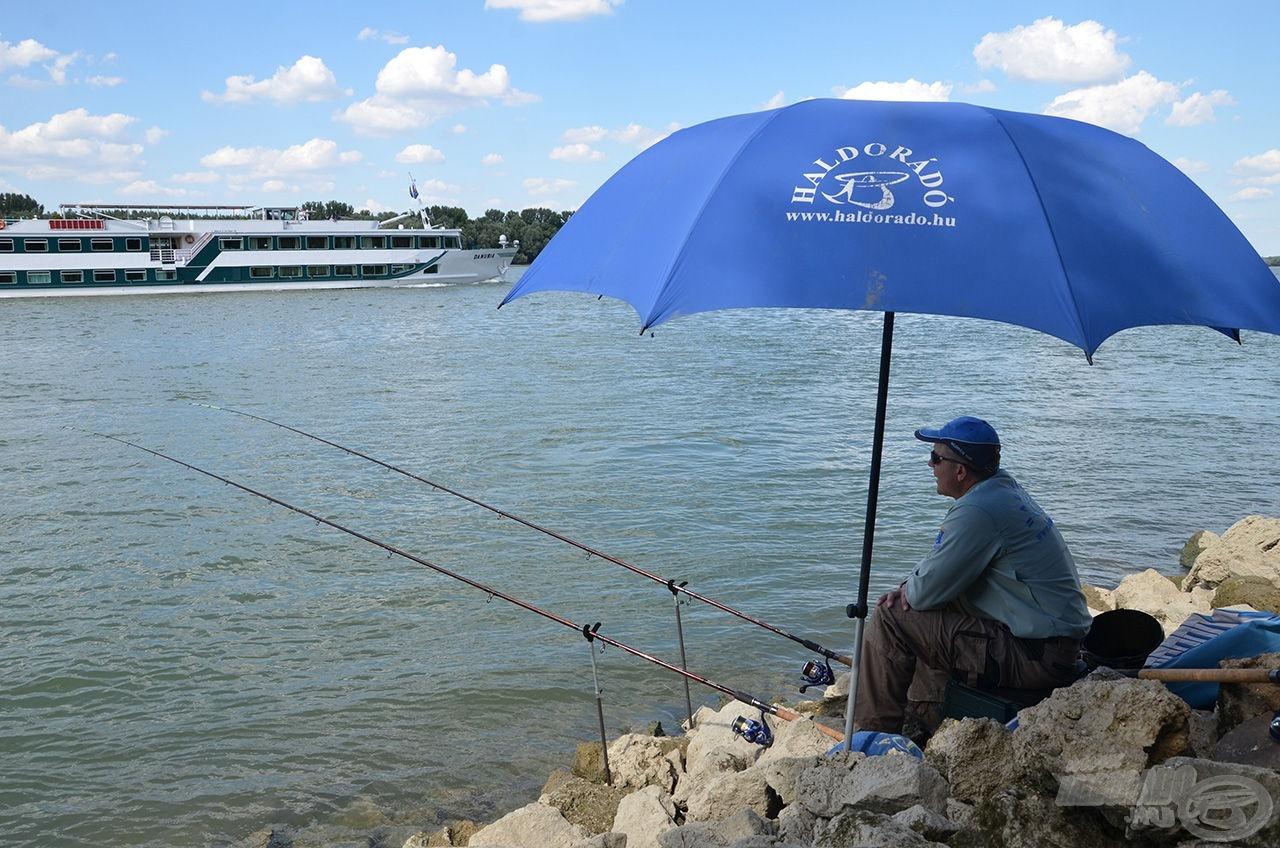 A River feederek a folyóvízi horgászok számára készült nagy teherbírású botok