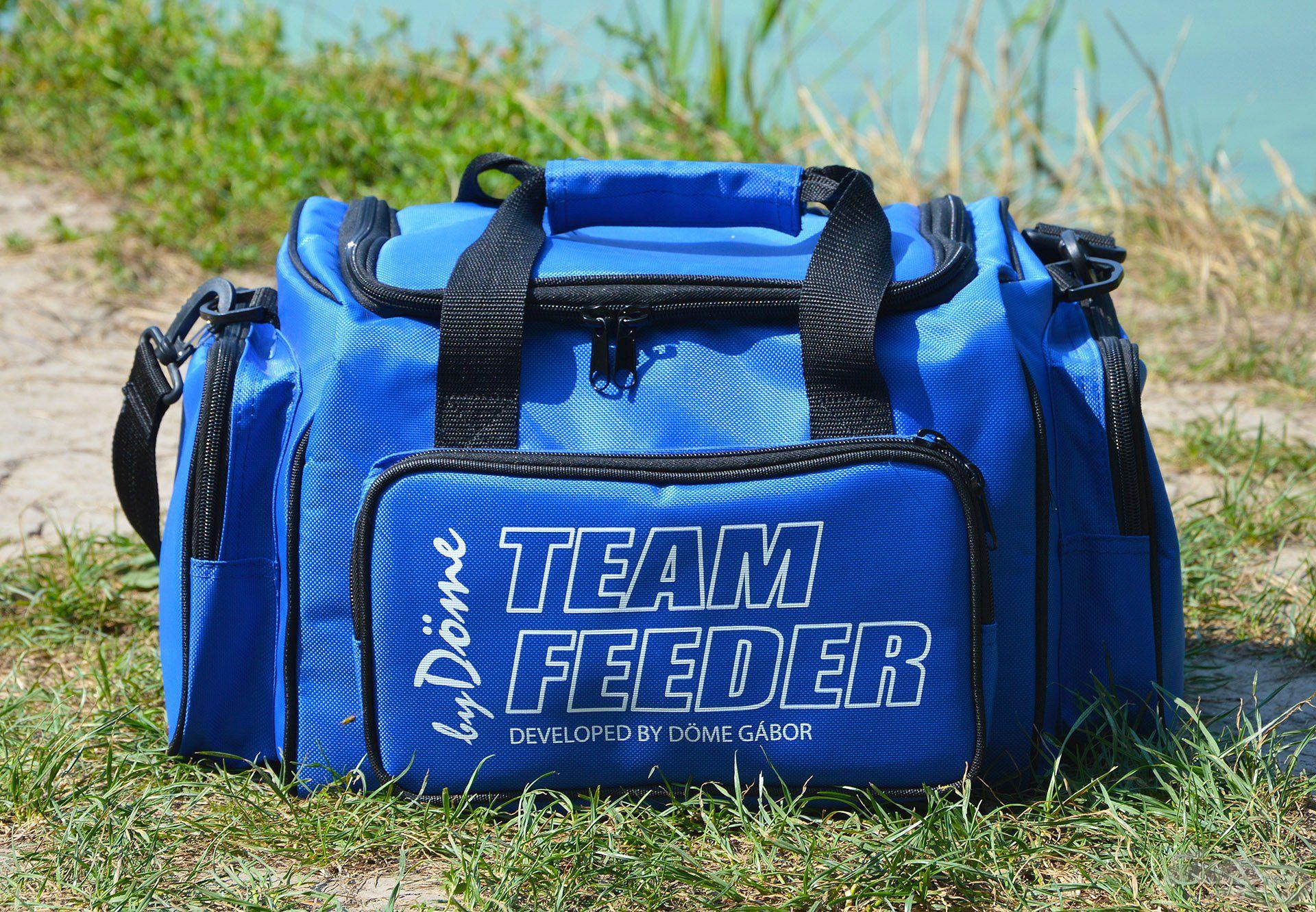 Az előző táska kisebbik testvére, a (normál) Szerelékes táska, amely úgyszintén sok praktikus tulajdonsággal rendelkezik