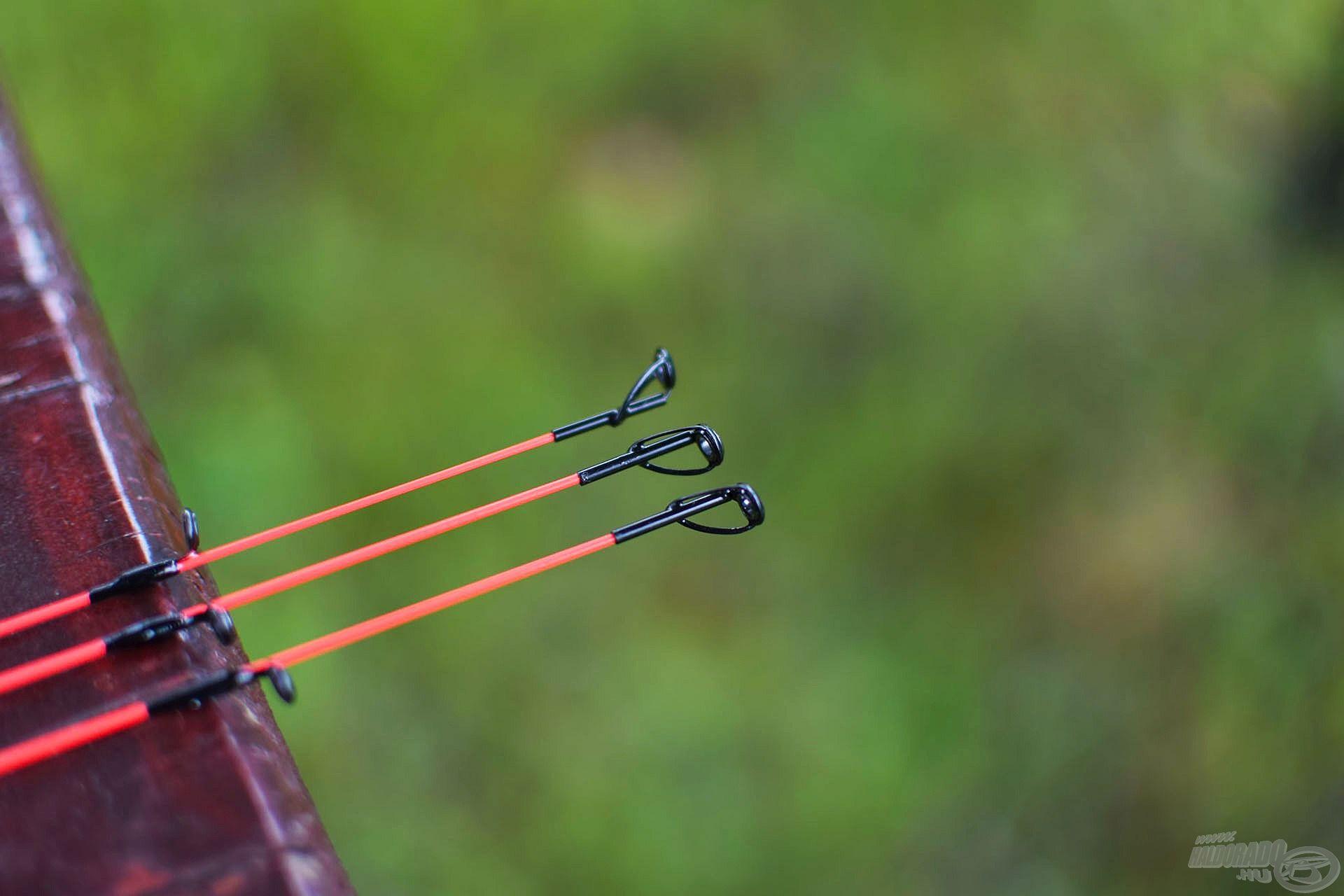 A jó láthatóság érdekében a spiccek utolsó 3 szekciója piros színezetet kapott, valamint a spiccgyűrű 2 pici talppal meg van támasztva, hogy a nehezebb végszerelék bedobása közben se kelljen attól félni, hogy lekonyulnak, legörbülnek