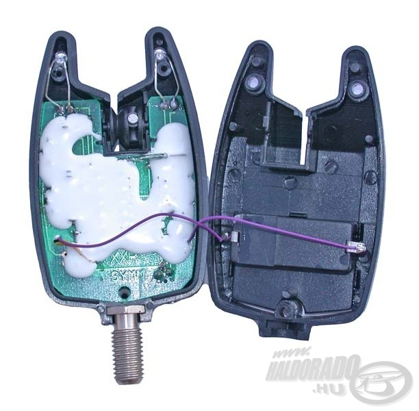 Így néz ki belülről egy elektromos kapásjelző