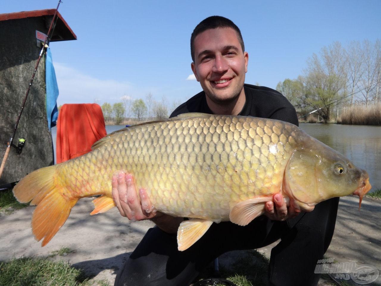 11,21 kg-mal horgászatunk legnagyobb hala