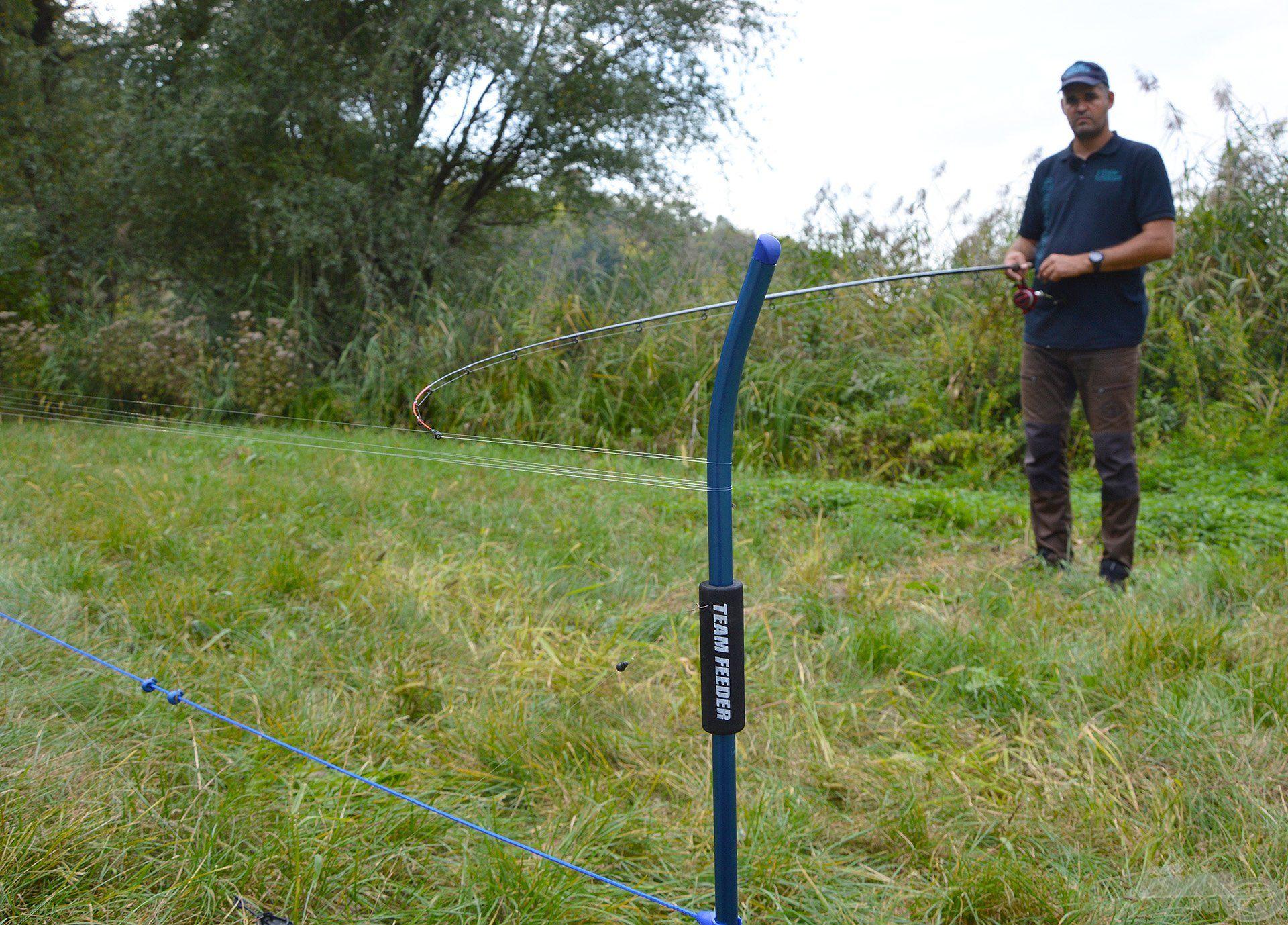 Fontos, hogy fejben folyamatosan számoljuk a kihúzott meneteket, így tudni fogjuk, mekkora távolságra horgászunk!