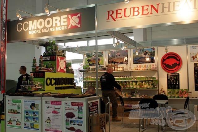 Több mint 70 cég, közöttük a világ leghíresebb pontyos cégei is jelen voltak. Ki ne ismerné CCMOORE termékeit?!