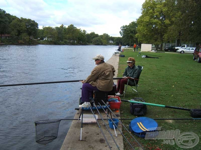 Elise, a horgászhölgy, aki kitűnően horgászik