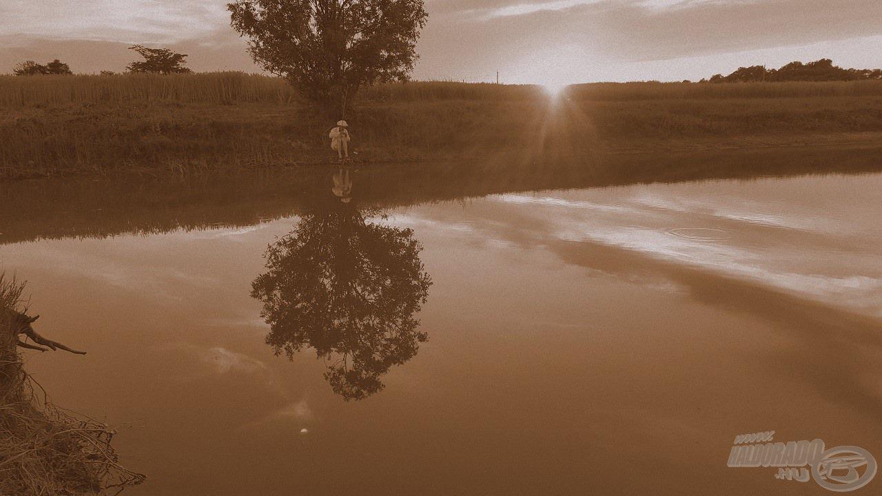 Mai retro horgászatom véget ért, a naplemente utolsó sugaraival búcsúzom