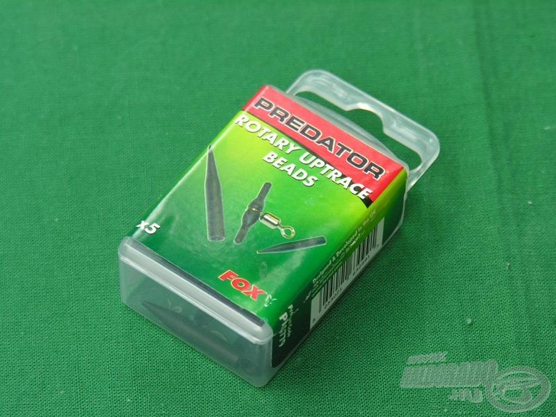 A dobozban 5 db távtartó alkalmatosságot találunk, illetve a hozzá tartozó gumi elemeket