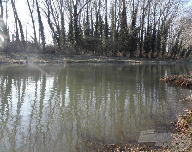 A csatorna magas vízállásnál