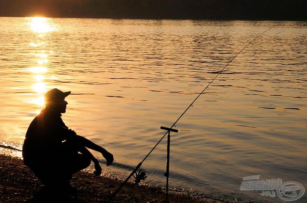 Dunai naplemente márnákkal…