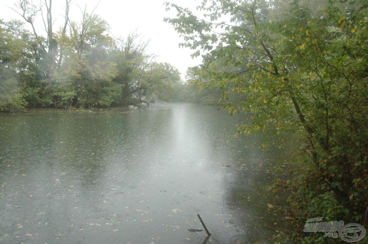 Esős, párás időjárás fogadott minket