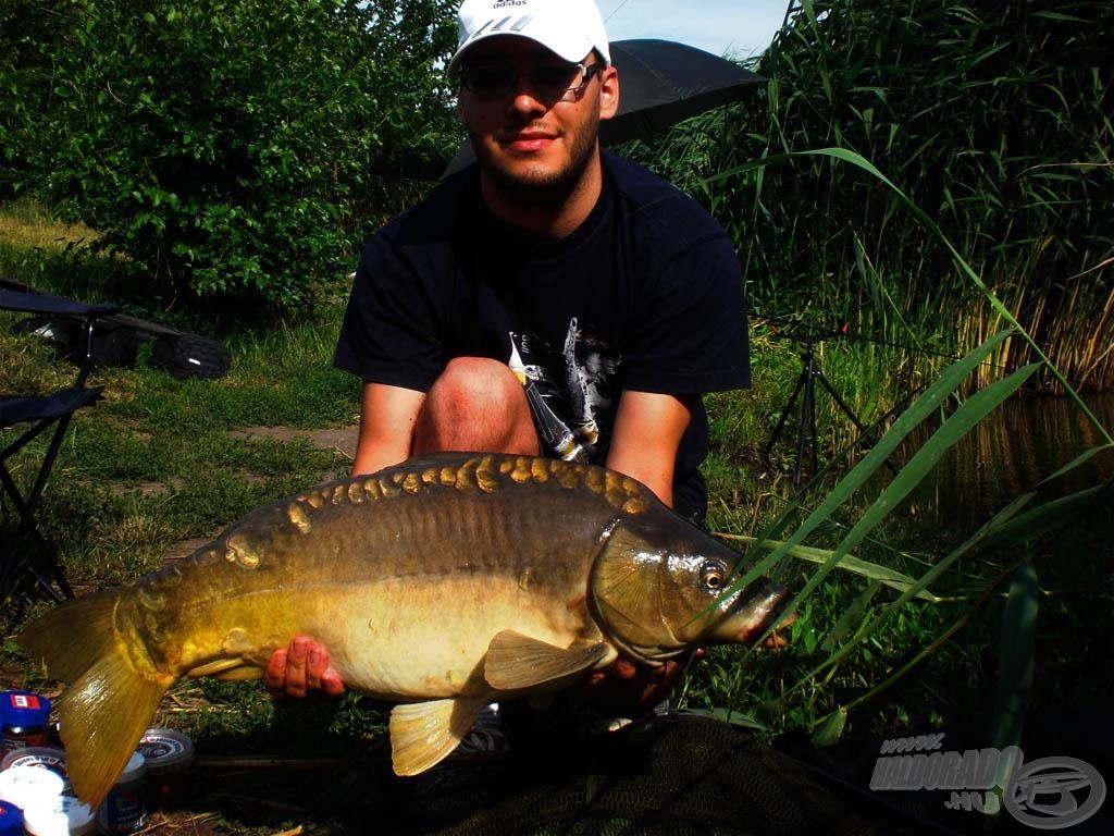 7 kg-os tükörponty, a nap legnagyobb hala
