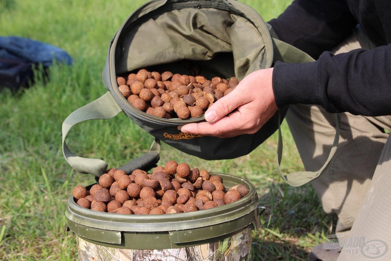 … de a saját készítésű fűszeres bojli is népszerű volt a pontyok körében