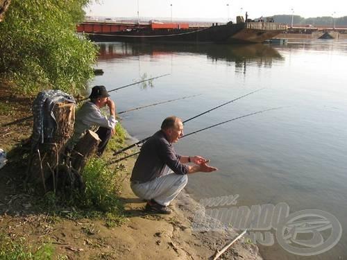 Nyugdíjas korban különösen jó érzés a horgászbotok mellett csevegni (Dragoljub és Ivica Újvidéken, a Dunán)…