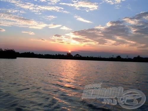 A naplemente minden tavon gyönyörű, de itt különösen!