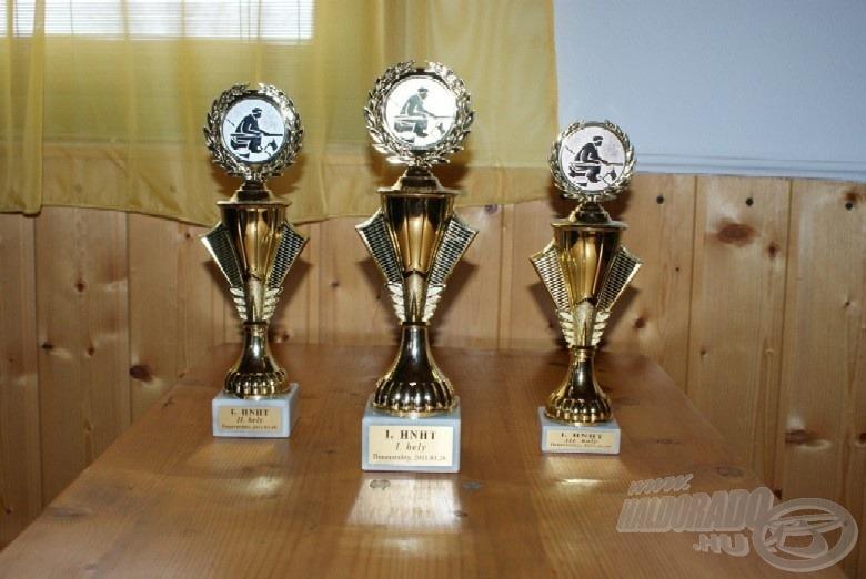 A díjak, a Jeszy család felajánlásának köszönhetően - így, utólag is köszönjük!