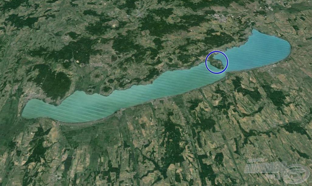 A magyar tenger hatalmas vízterülete számtalan lehetőséget kínál a horgászatra, így nincs egyszerű dolga a messziről érkező vendéghorgásznak… Az én választásom a Tihanyi-félszigetre esett
