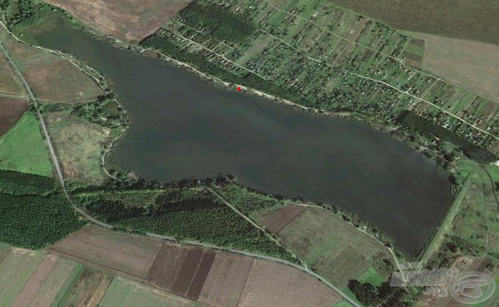 Horgászhelyem a tó középső szakaszán, az északkeleti oldalon terült el
