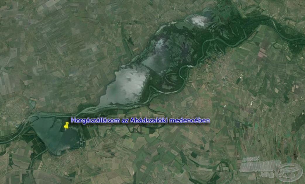 Horgászhelyem a hatalmas vízi komplexum abádszalóki szakaszán terült el