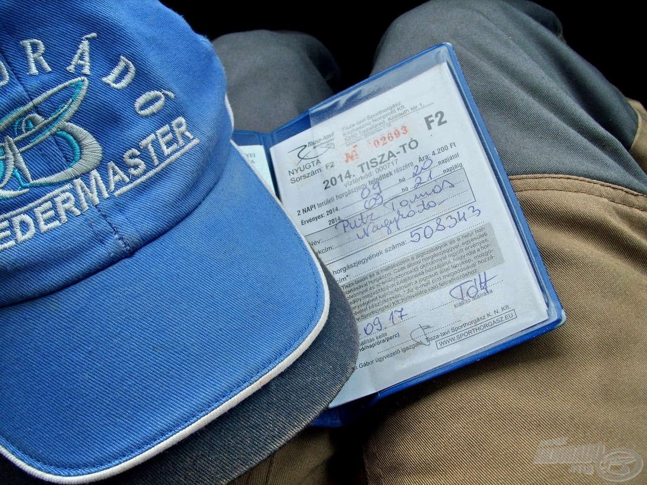 A horgászatot megelőző napokban gondos figyelmet fordítottam a horgászatra jogosító okmány beszerzésére, így már nem kellett vele a horgászat napján bajlódni