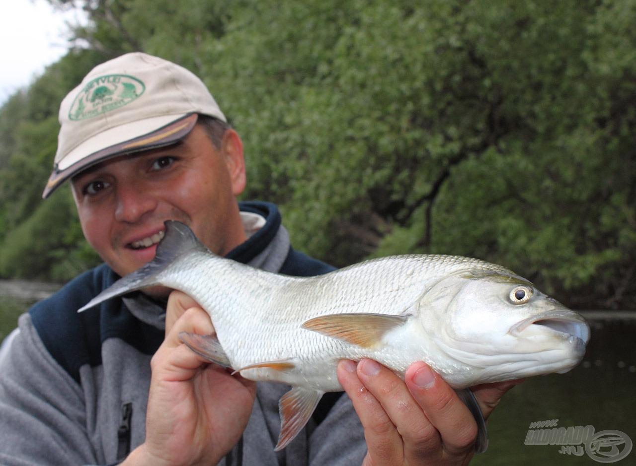 Nekem ez volt a nap legnagyobb hala a maga másfél kilós méretével