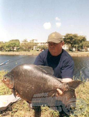 A Feri által kifogott félelmetes fogsorral rendelkező halat a mai napig nem sikerült beazonosítani.