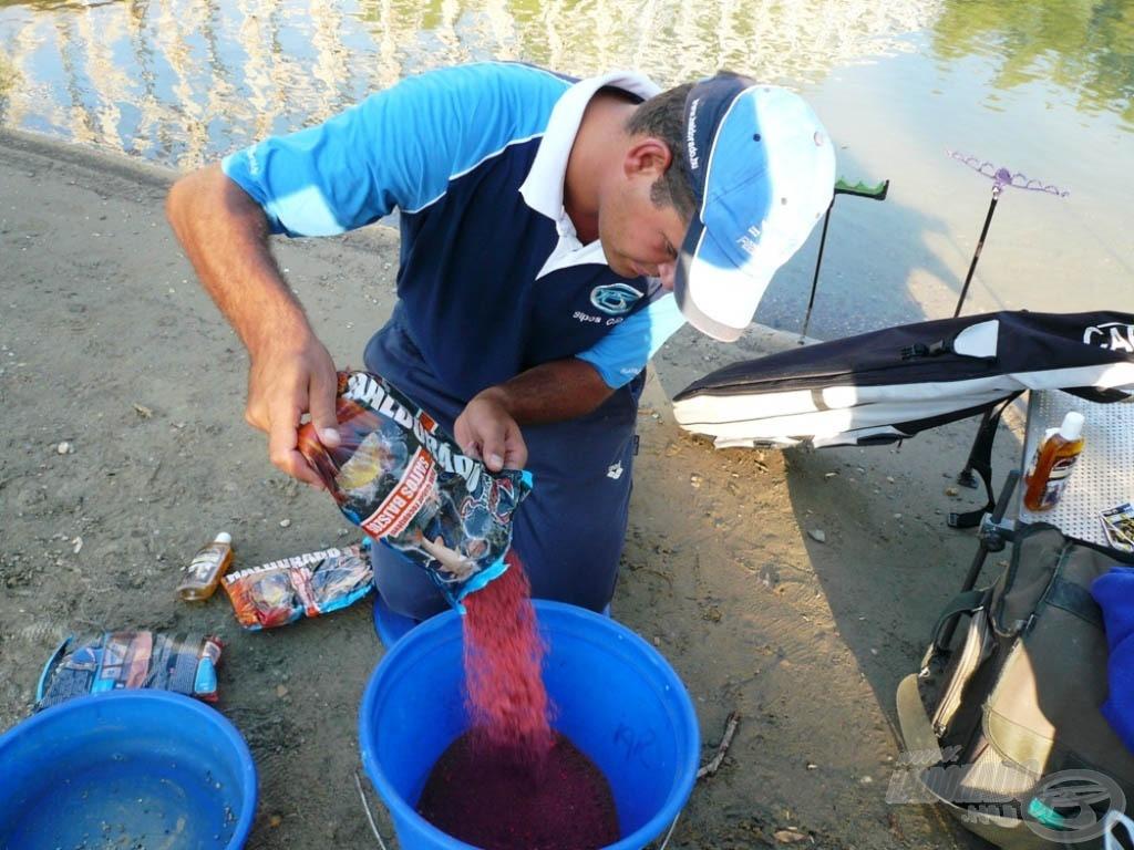 Némi Sajtos Bajszos etetőanyagot szántam a halaknak