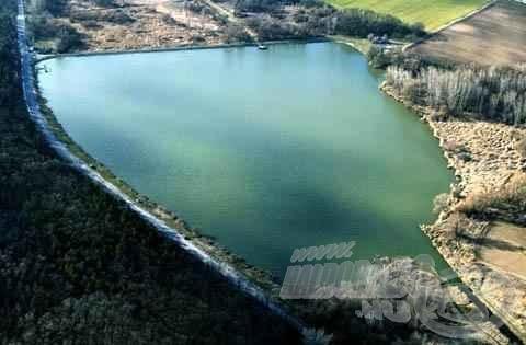 A Naplás-tó madártávlatból